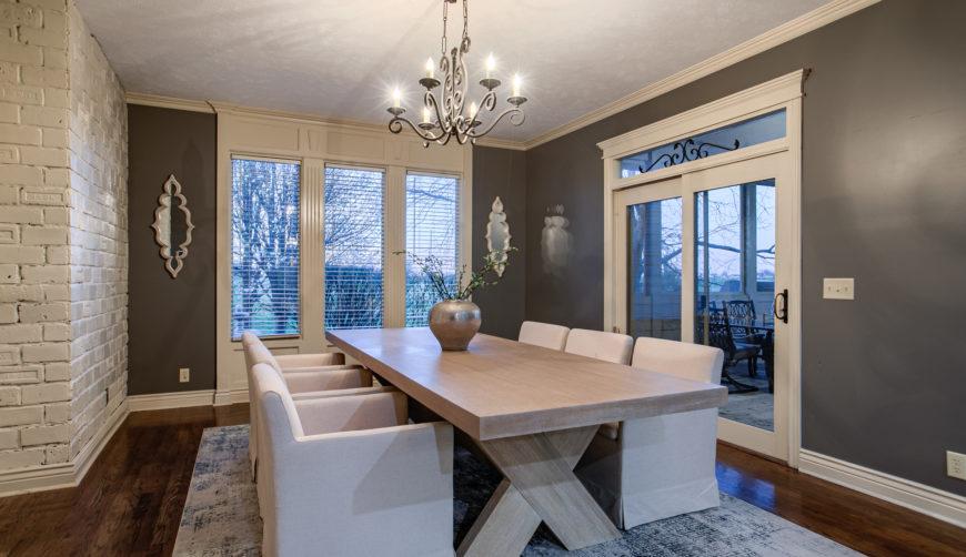 Stone Creek homes for sale, Omaha, Nebraska, Bennington School District, 5 bedroom, 5 bathroom, 3 car garage, beautiful homes, modern farmhouse dining room