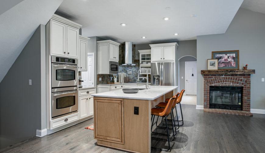The Ridges homes for sale, Omaha, Nebraska, Elkhorn School District, 4 bedroom, 4 bathroom, 3 car garage, designer updated kitchen