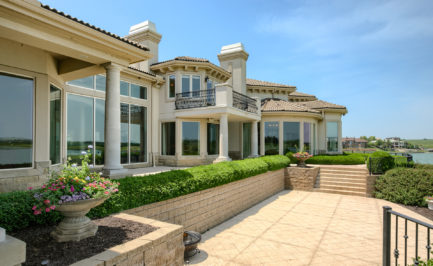 Wall of Windows on Luxury Lake Home, luxury home architecture
