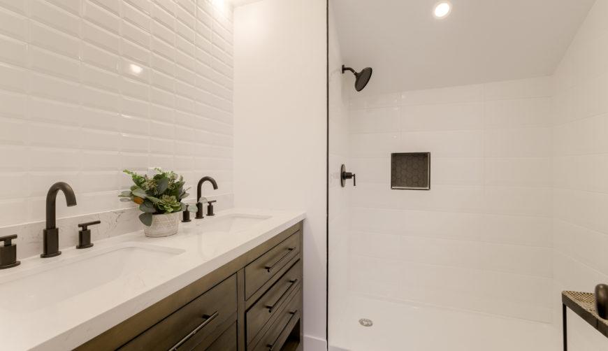 updated bathroom, white bathroom, moden bathroom