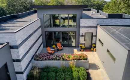 Modern Architecture Home for Sale